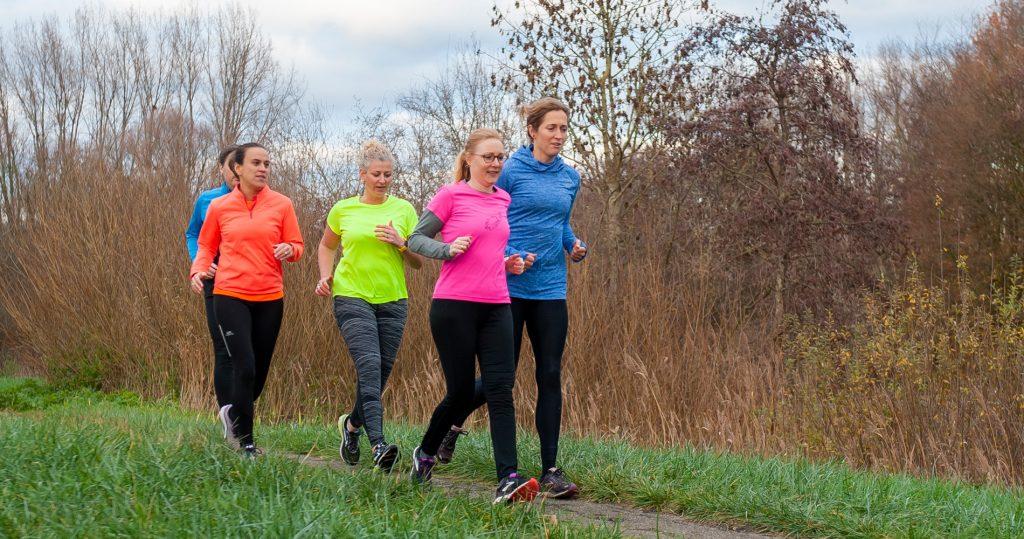 Met een workshop van Stappen in Leefstijl kom je meer te weten over positieve gezondheid, een gezonde leefstijl of over hardlopen om mentaal en lichamelijk fit te worden.
